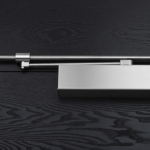 IN.21.775.BD Гидравлический доводчик с ручкой конструкции - механизм действия CAM